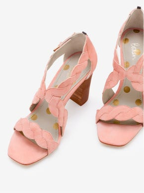 Rosalie Pumps